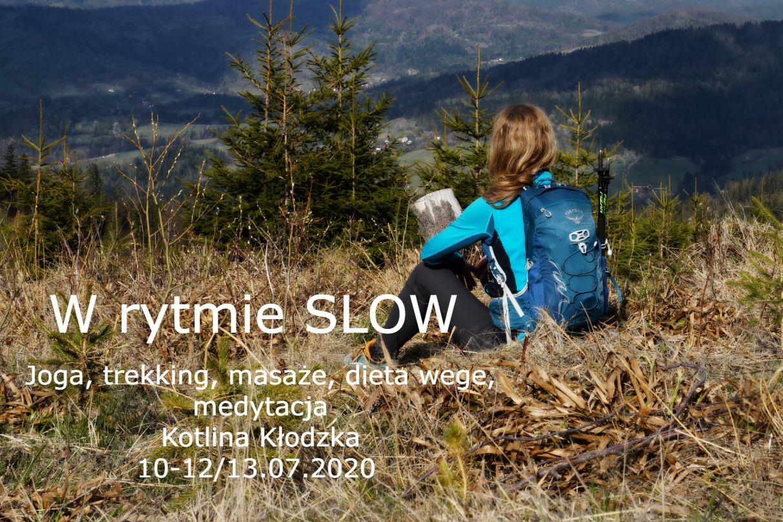 Zapraszamy na podróż do tu i teraz. Piękne okoliczności przyrody. Warsztat slow, joga, medytacja, nordic walking, kąpiele leśne, digital detox, mindfulness, uważność, góry aktywnie, Jesionówka