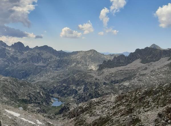 Treking w Pirenejach po parku narodowym Aiguestortes